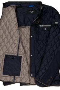 <b>Carl Gross</b>,  Steppelt férfi kabát